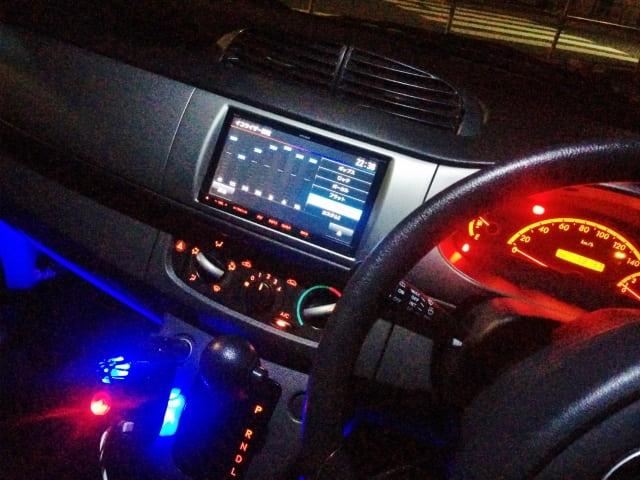 夜の車内はそれほど暑くならないので問題ない