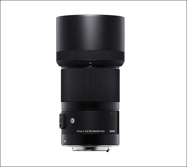 シグマ中望遠レンズ 70mm F2.8 DG MACRO